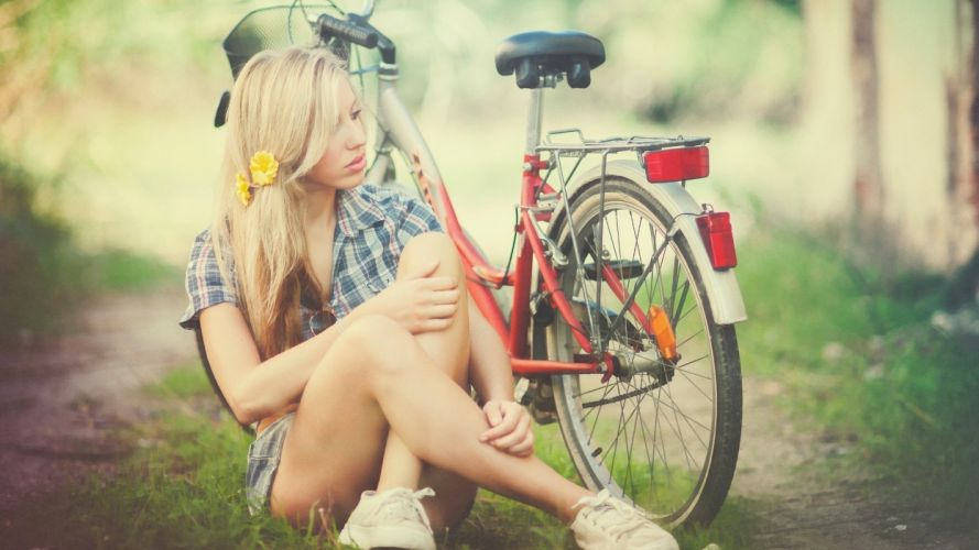 Photography-bicycle-sensuality-sensual-sexy-woman-girl-shorts-jeans-denim-model-blonde-legs-sitting-sneakers wallpaper