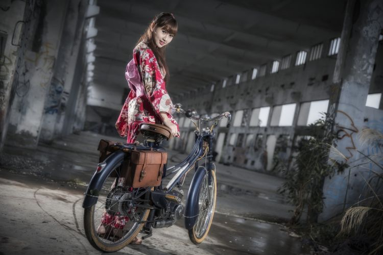 Photography-bicycle-sensuality-sensual-sexy-woman-girl-model-asian-shed wallpaper