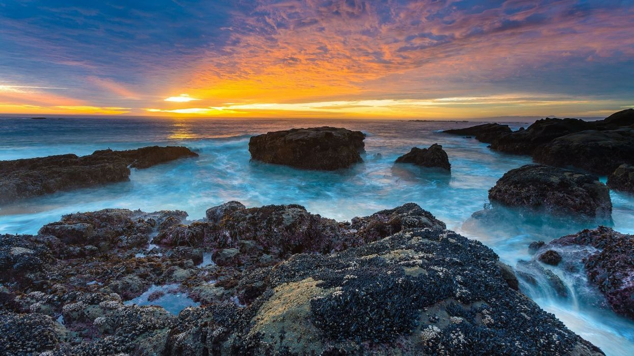 -rocky-coastline-sunset wallpaper