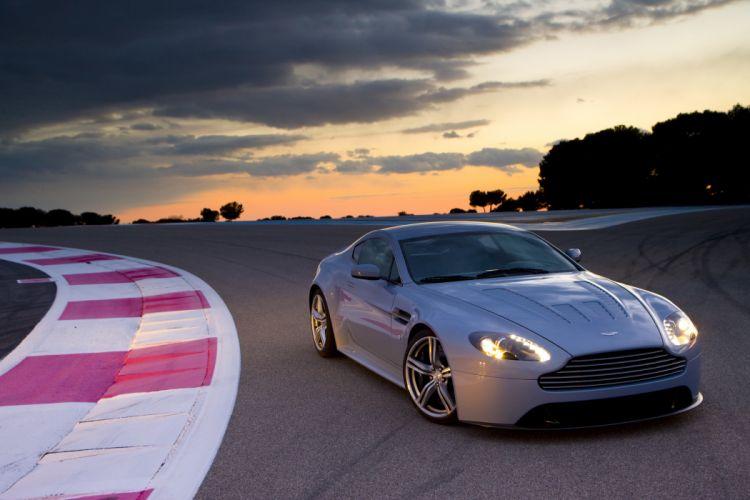 Aston Martin V12 Vantage RS Concept wallpaper