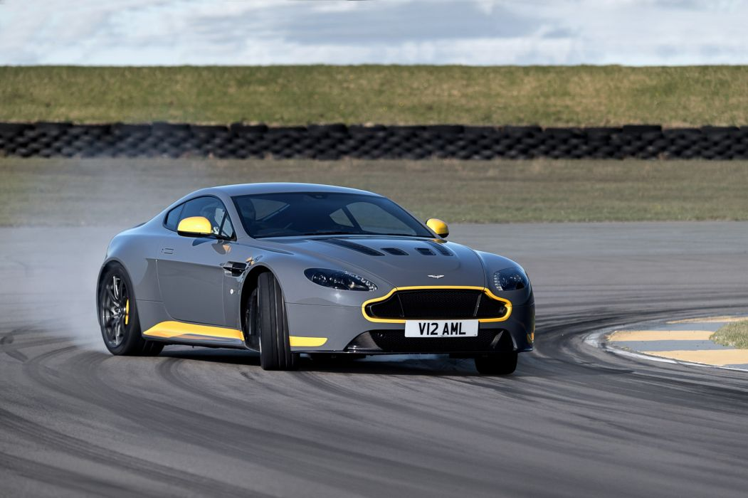 Aston Martin V12 Vantage S Sport Plus Pack wallpaper
