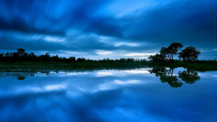 dusk-skies-over-lake wallpaper