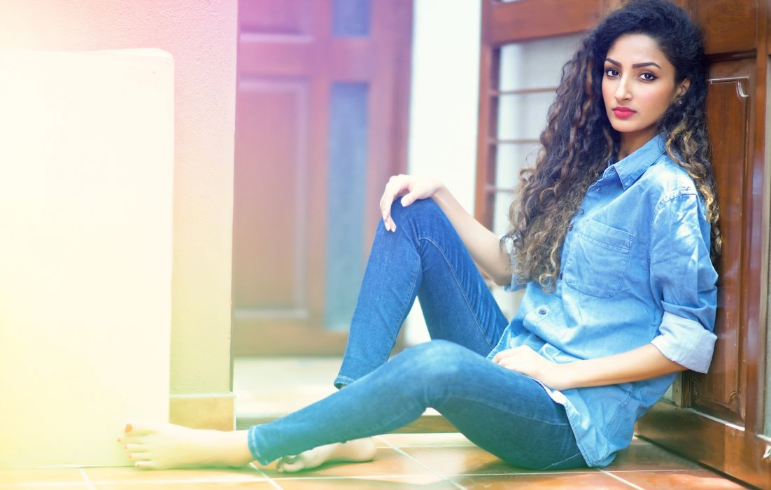 Anookya Harish bollywood actress celebrity model girl beautiful brunette pretty cute beauty sexy hot pose face eyes hair lips smile figure makeup indian wallpaper