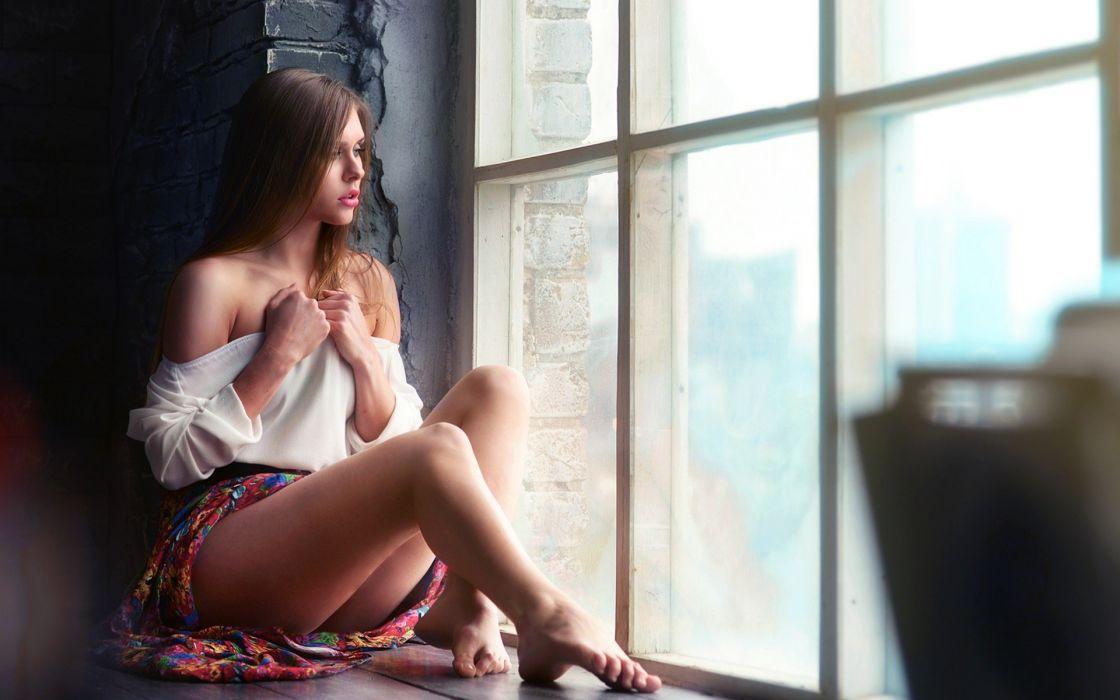 Sensuality sensual sexy woman girl model sitting window legs shoulders barefoot skirt wallpaper