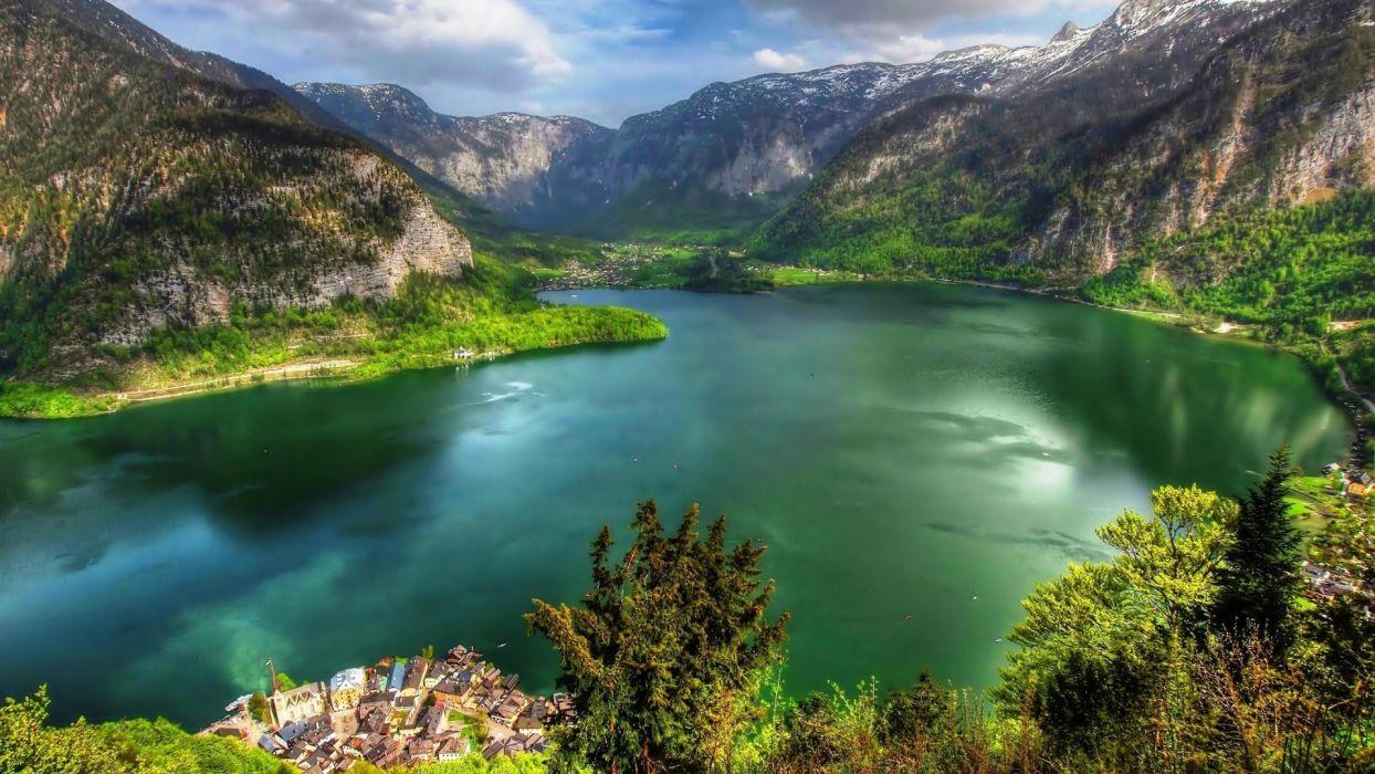 Landscape-Eutrophic-lake-mountain wallpaper