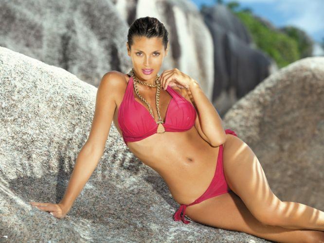 model brunette swimsuit girl bikini tan wallpaper