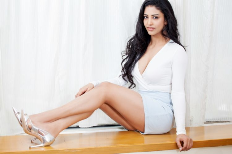 Daksha Nagarkar bollywood actress celebrity model girl beautiful brunette pretty cute beauty sexy hot pose face eyes hair lips smile figure makeup indian wallpaper