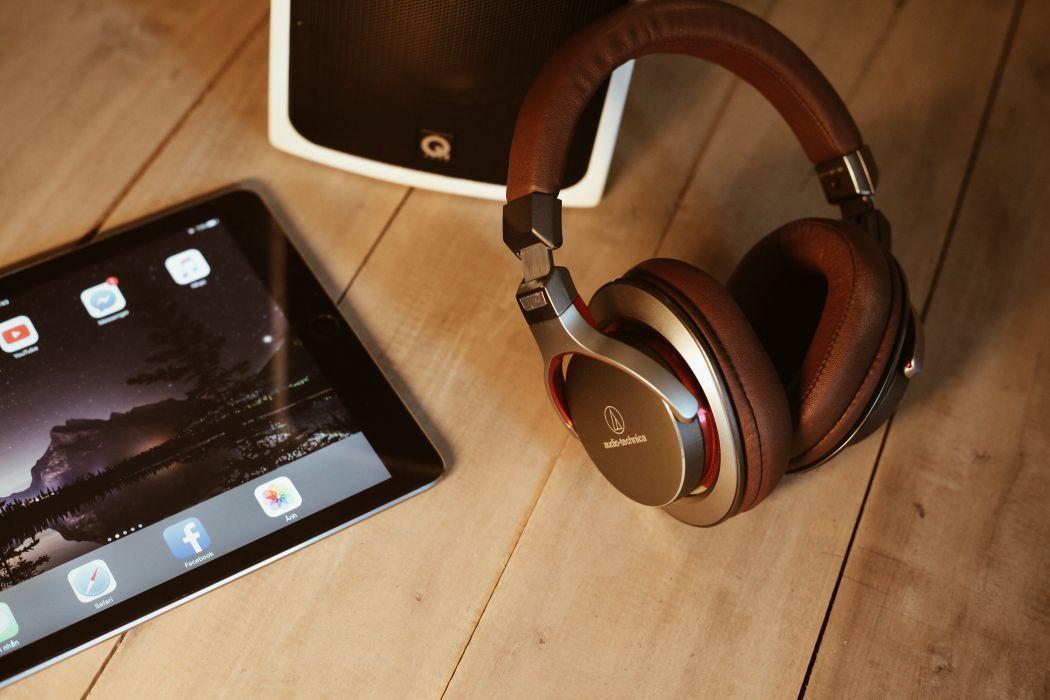 apple device earphone electronics ipad table tablet wood wallpaper