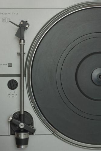 classic phonograph platter record player retro tone-arm turntable vintage wallpaper