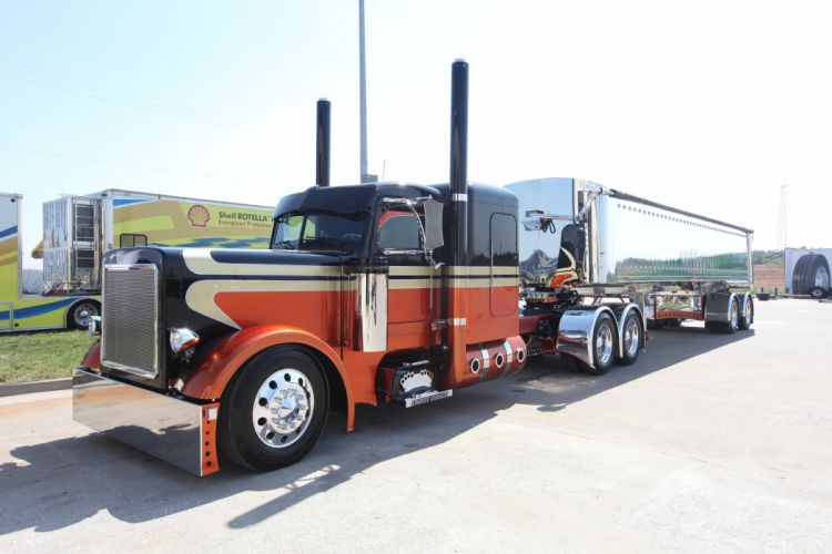 Peterbilt Trucks Cars wallpaper