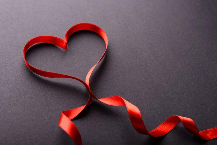 Love Ribbon Heart wallpaper