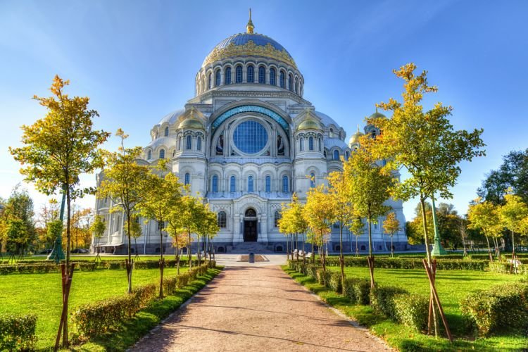 Russia St Petersburg Temples Cathedral Kronstadt Avenue Trees Cities wallpaper