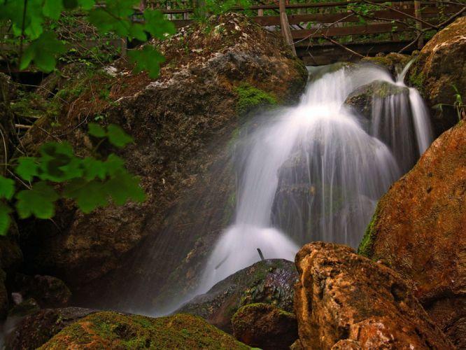 waterfall noise wallpaper