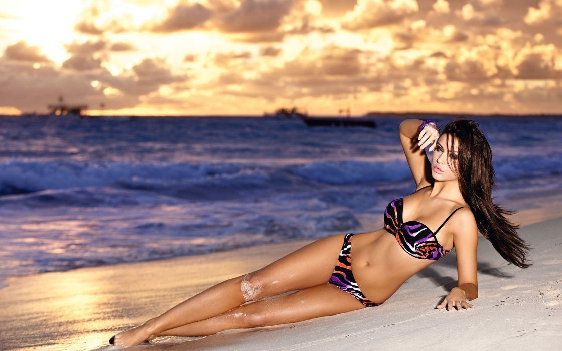 monika pietrasinska wave sunset the beach ocean model swimsuit wallpaper