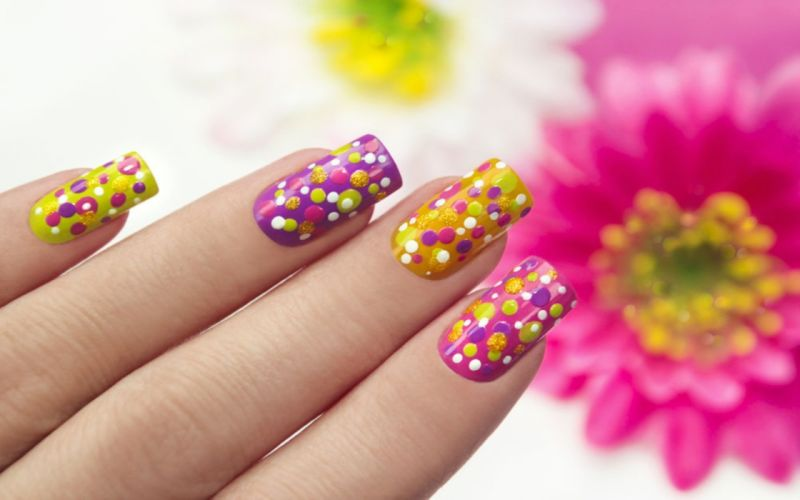 Hands-nails-finger-flowers wallpaper