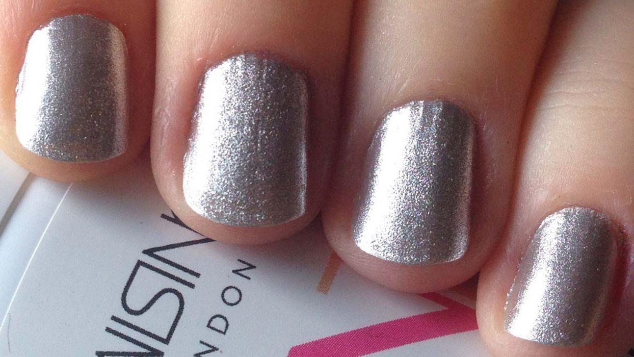 Hands-nails-finger-manicure-silver wallpaper