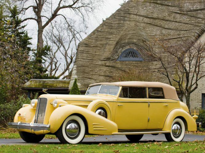 Cadillac Retro 1935 V16 452 D Imperial convertible Yellow Metallic wallpaper