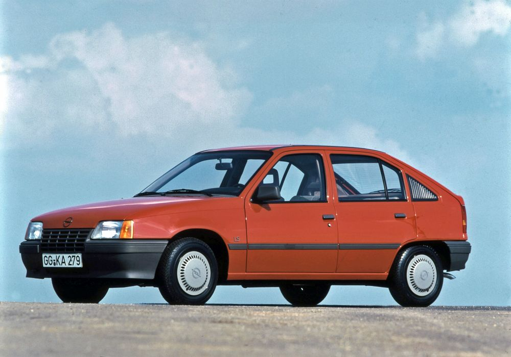 Opel Kadett 5-door 1984 wallpaper