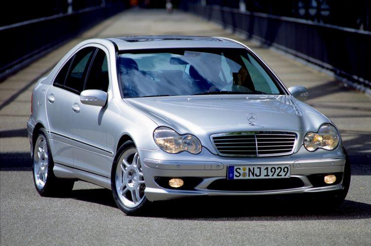 Mercedes-Benz C32 AMG 2001 wallpaper
