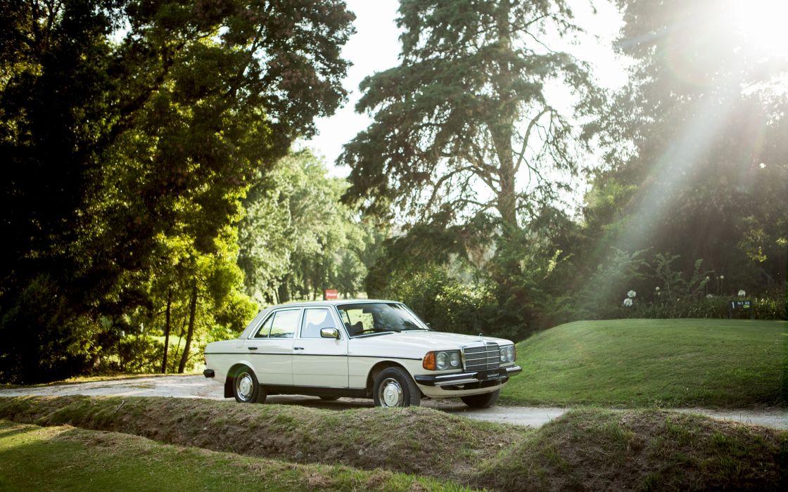 Mercedes-Benz 300D 1976 wallpaper