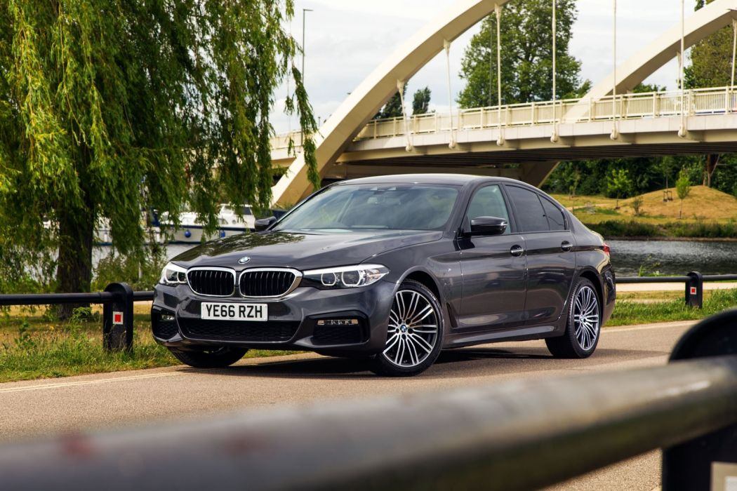 BMW 520d Sedan M Sport 2017 wallpaper