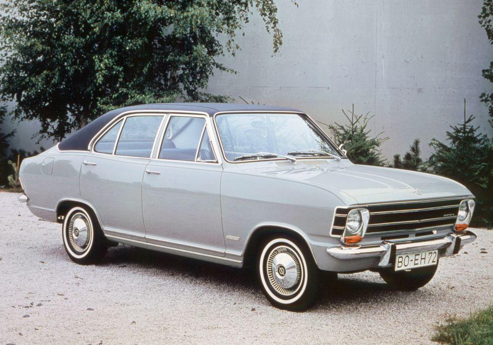Opel Olympia 4-door Limousine 1967 wallpaper