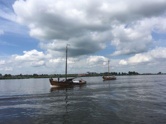 Spakenburg Netherlands Harbour Botter Flatbottom Fishingboat BU89 wallpaper
