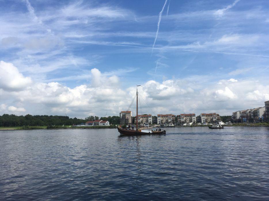 Spakenburg Netherlands Harbour Botter Flatbottom Fishingboat HN11 wallpaper