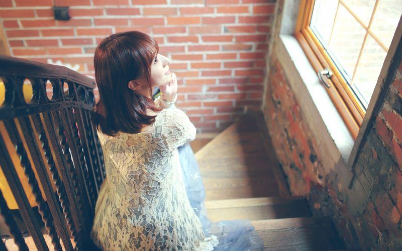 model in coffee bar (4) wallpaper