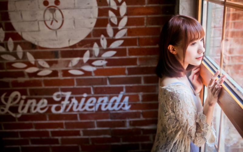model in coffee bar (12) wallpaper