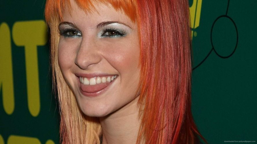 Face sensuality sensual sexy woman girl Hayley-Williams mouth tongue lips lipstick redhead grimace paramore wallpaper