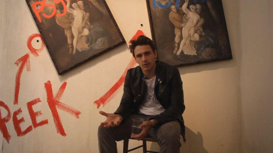 hombre moreno sentado cuadros wallpaper