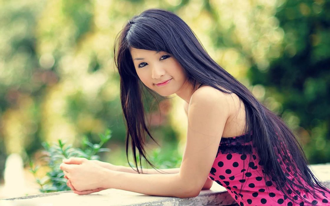 mujer oriental modelo posado wallpaper