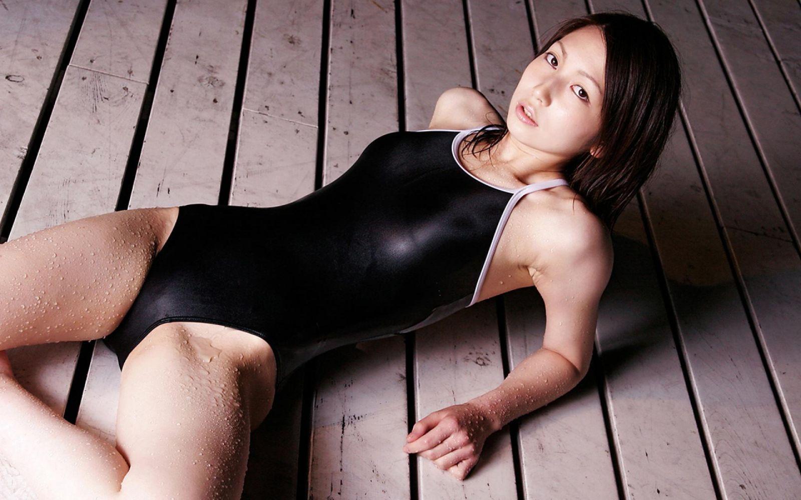 Japanese girls white swimsuit, bushy brunette pussies