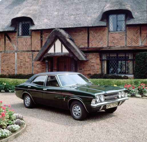 Ford Cortina GXL Saloon 1970 wallpaper