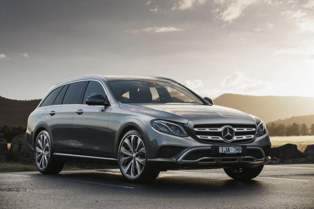 Mercedes-Benz E 220 d 4MATIC All-Terrain 2017 wallpaper