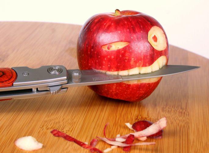 Apples Knife Humor wallpaper