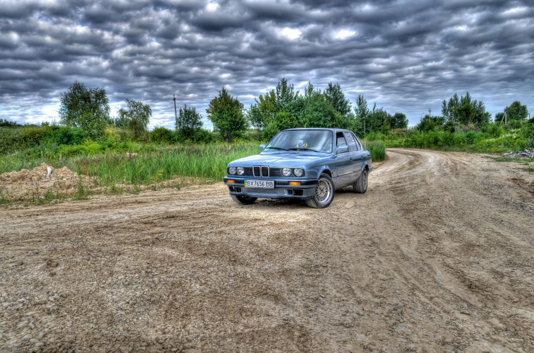 BMW Sky Roads Clouds HDR Cars wallpaper
