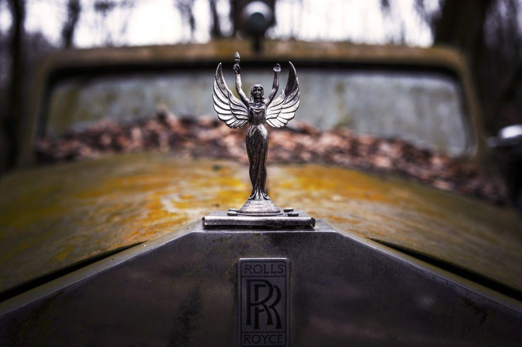 Rolls-Royce Retro Logo Emblem Old Cars wallpaper