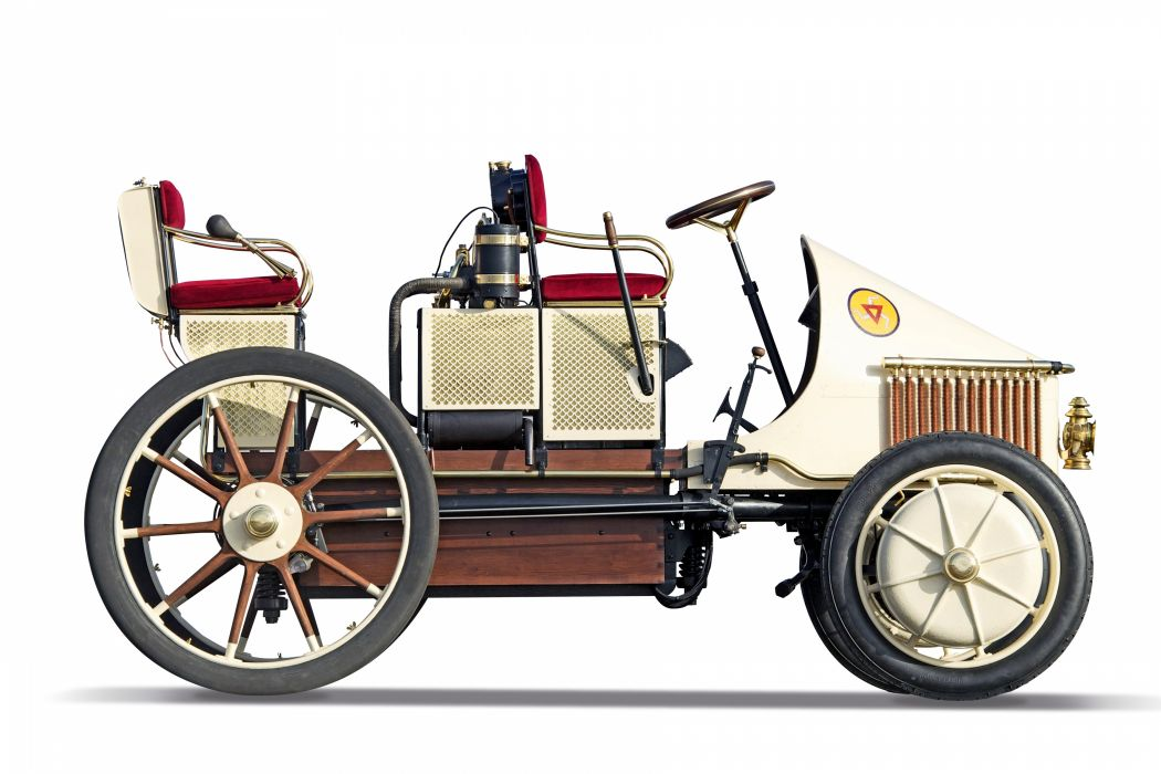 Lohner-Porsche Mixte Hybrid Semper Vivus 1900 First Hybrid Car wallpaper