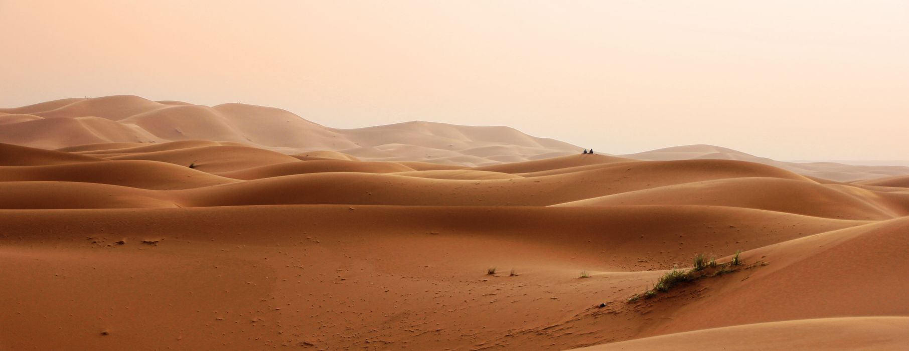 daylight desert drought dry dunes hot landscape nature outdoors remote sand sand dunes scenic sky wallpaper