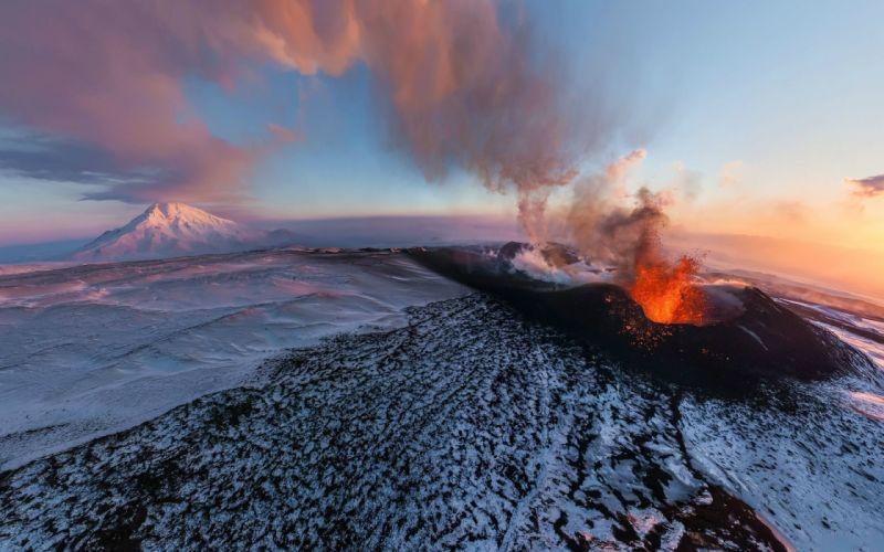 volcan erupcion lava fuego naturaleza wallpaper