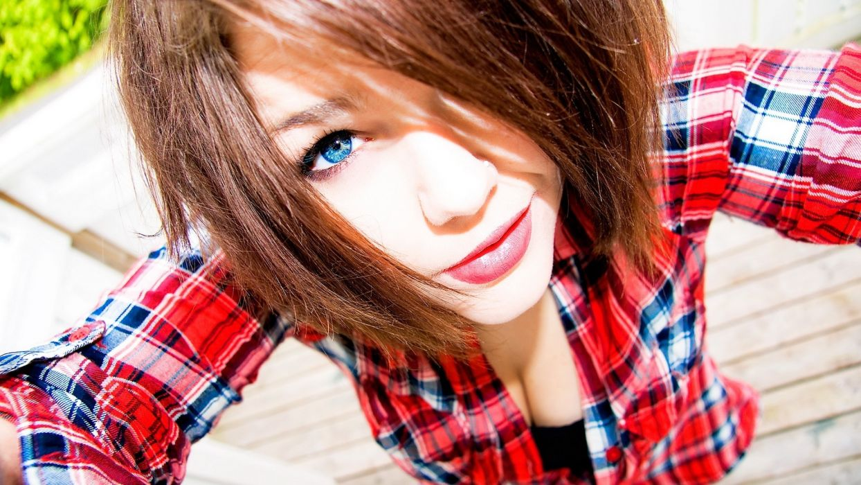 Face lips juicy-lipss lipstick makeup blue-eyes cleavage shirt plaid wallpaper
