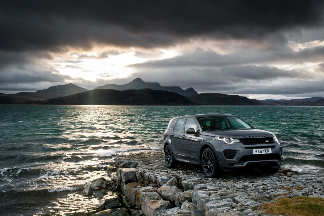 Land Rover Discovery Sport HSE Si4 Dynamic Lux 2017 wallpaper