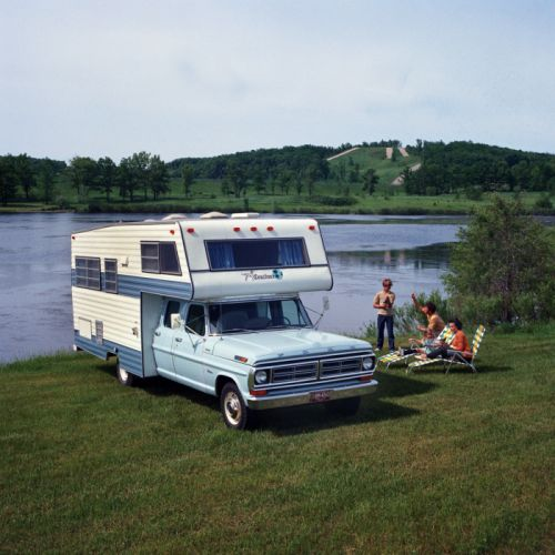 Ford F-350 Crew Cab Custom Camper 1972 wallpaper