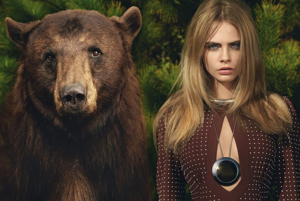 Photography sensuality sensual sexy girl woman model Cara-Delevingne actress blonde necklace bear cleavage juicy-lips wallpaper