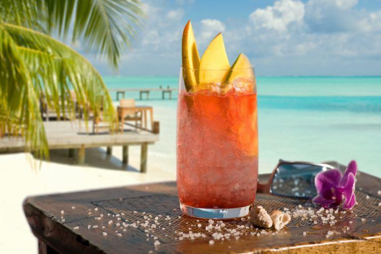 тропический коктейль приват него есть огромный