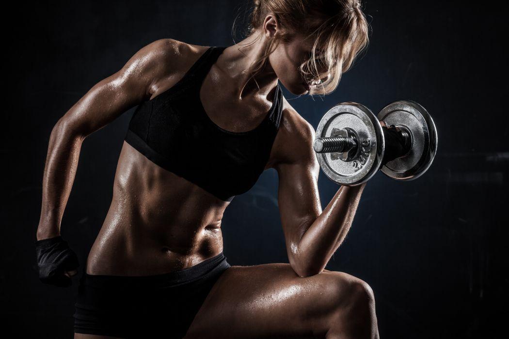 Sport sensuality sensual sexy girl woman model body fitness workout sportswear belly abs navel dumbbells weightlifting bra muscles skinny weat weaty wallpaper