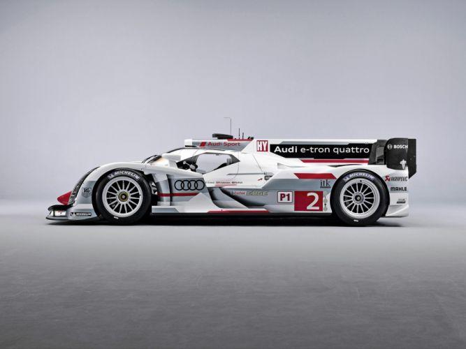 Audi R18 E-Tron Quattro 2013 Race Car wallpaper