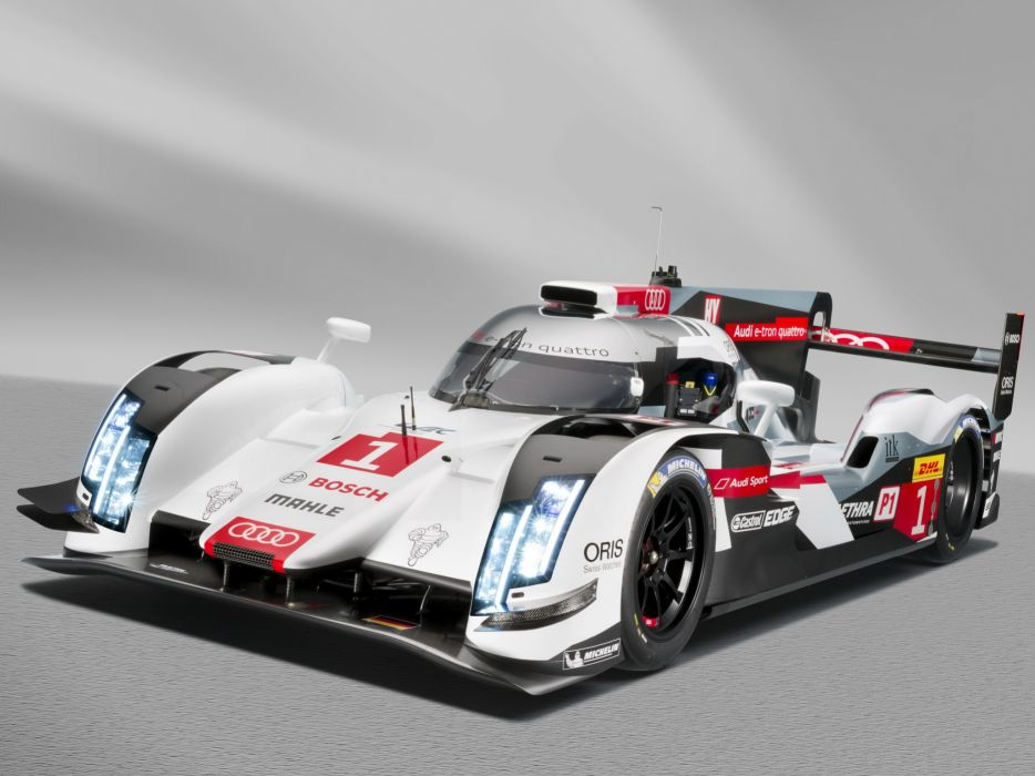 Audi R18 e-tron quattro 2014 Race Car wallpaper
